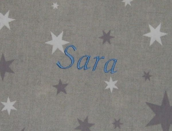colorido Estrellas gris bordado celeste